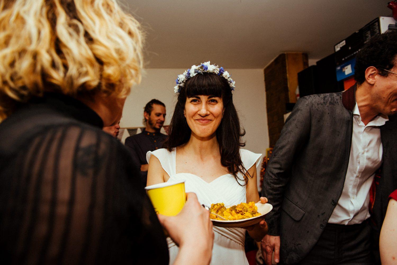 fun-relaxed-hackney-wedding-41